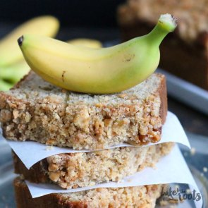Browned Butter Banana Bread with Peanut Streusel | Bake to the roots