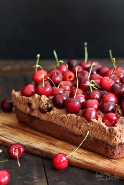 Cherry Chocolate Brownie Mess | Bake to the roots