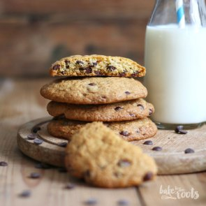 Chocolate Chip Cookies | Bake to the roots