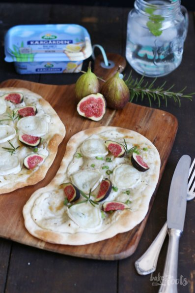 Flammkuchen with Goat Cheese & Fresh Figs   Bake to the roots