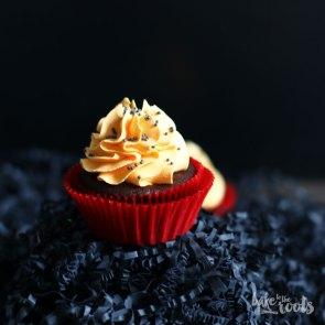 Halloween Pumpkin Chocolate Cupcakes | Bake to the roots