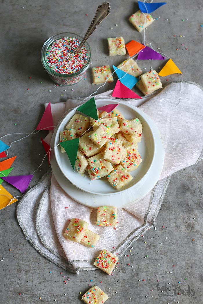 Funfetti Cookie Bites | Bake to the roots
