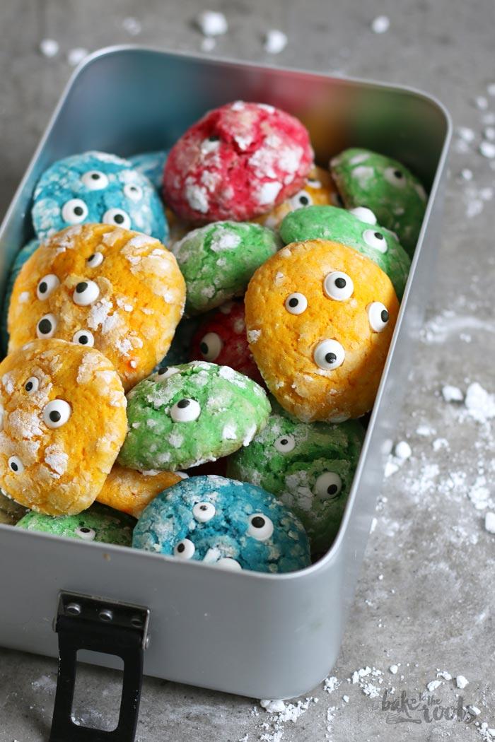 Monster Halloween Cookies: Crinkle Halloween Monster Cookies