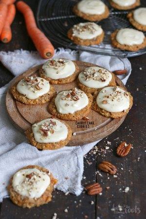 Carrot Cake Cookies mit Frischkäse Frosting