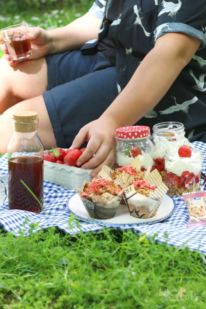 Picknick mit Erdbeeren Snacks | Bake to the roots