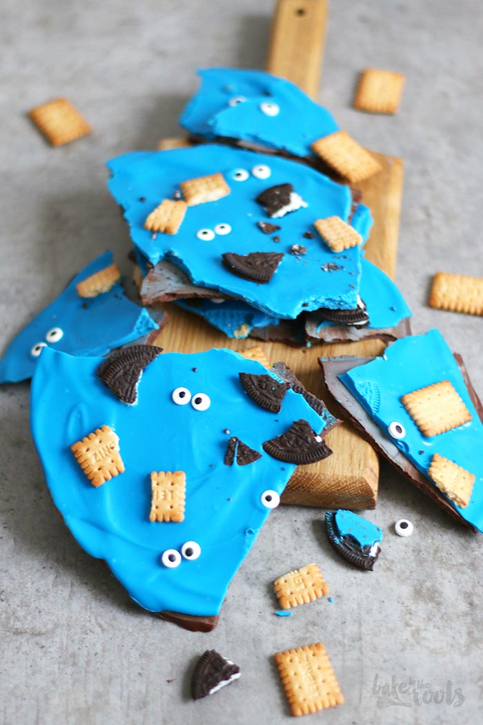 Cookie Monster Cookie Bark | Bake to the roots
