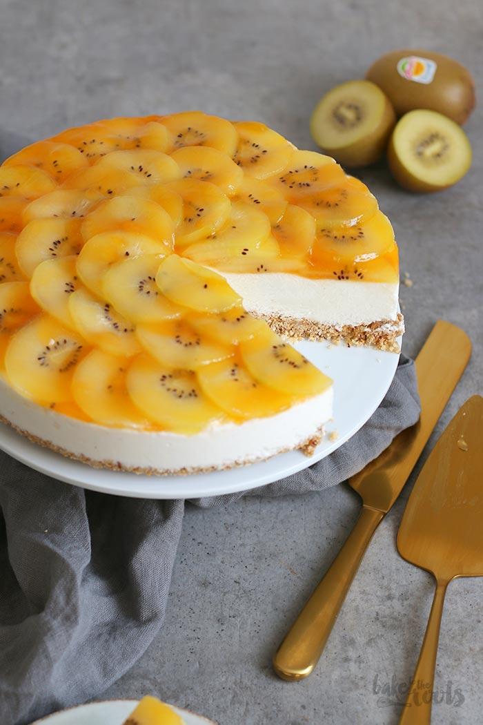 No Bake Skyr Cake mit Kiwi | Bake to the roots