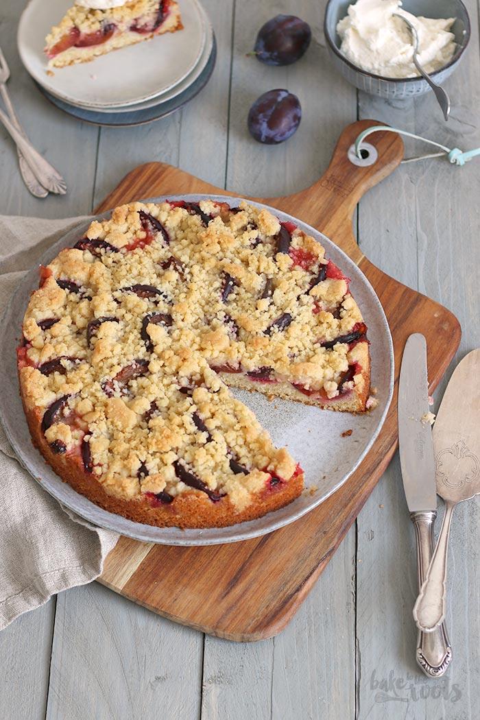 Einfacher & Schneller Pflaumen Streuselkuchen   Bake to the roots