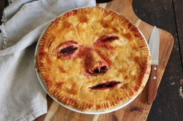 "Halloween Apple Pie ""Face/Off"" 