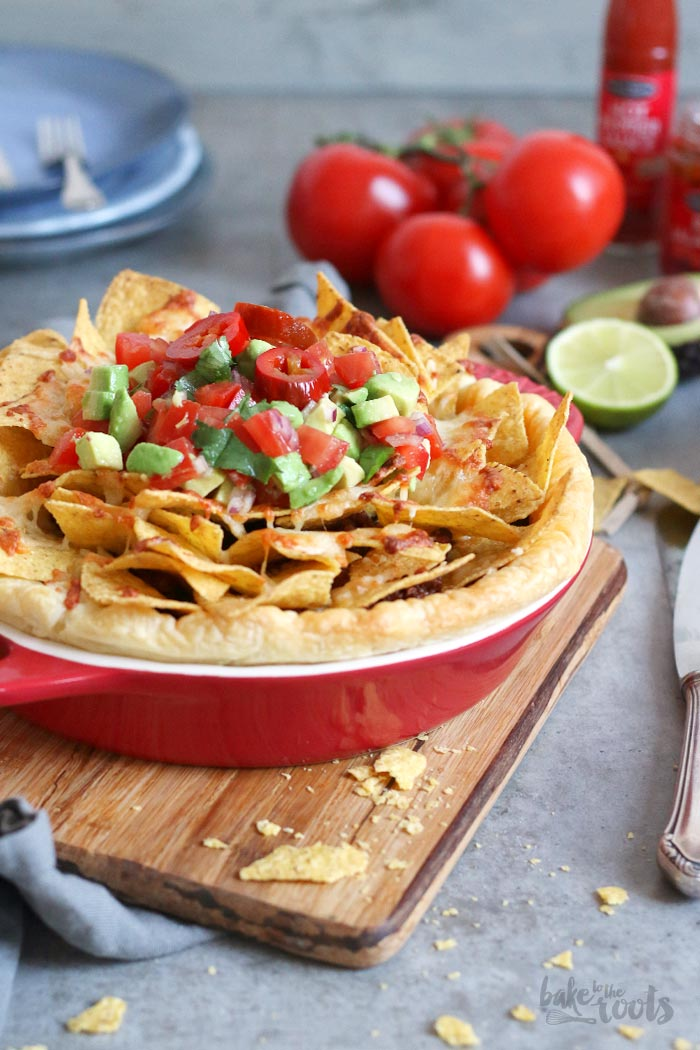 Chili con Carne Tortilla Pie | Bake to the roots