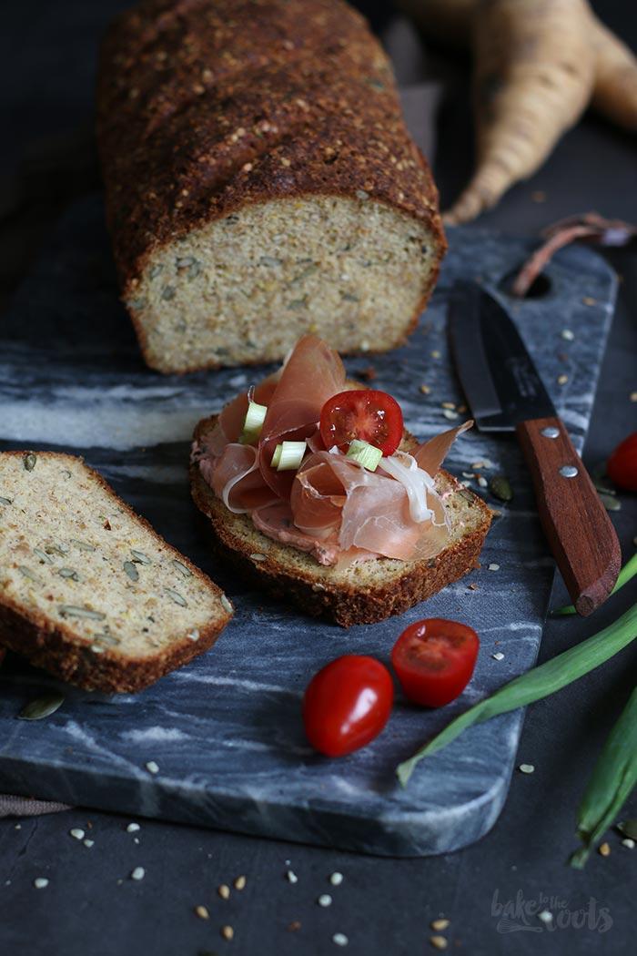 Pastinaken Kürbiskern Eiweißbrot | Bake to the roots
