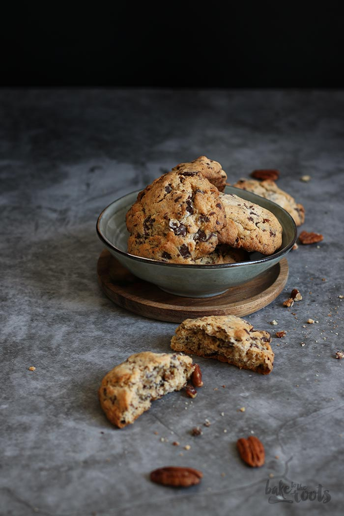 Chocolate Chip Pecan Cookies | Bake to the roots