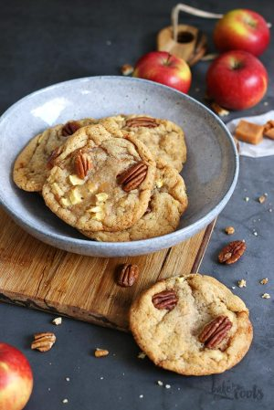 Caramel Apple Pecan Cookies