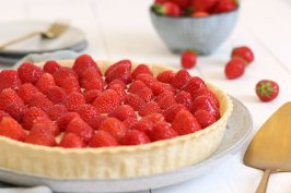 Strawberry Tart | Bake to the roots