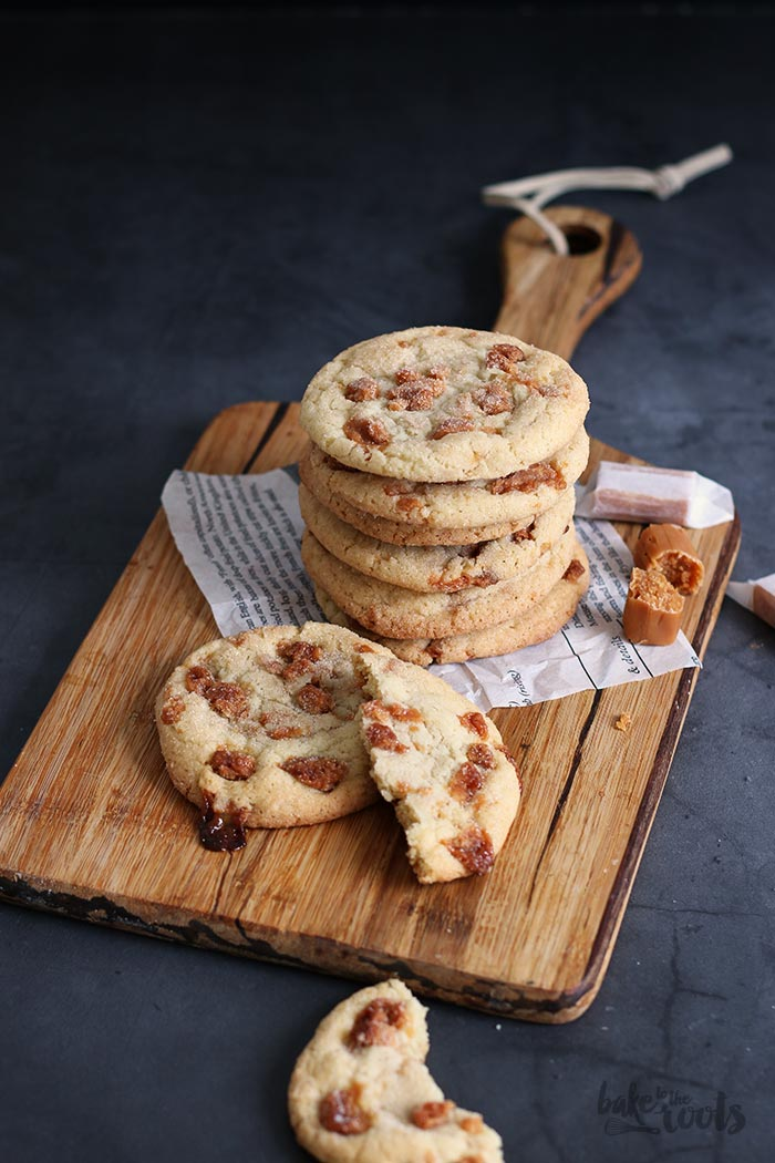 Caramel Toffee Cookies | Bake to the roots