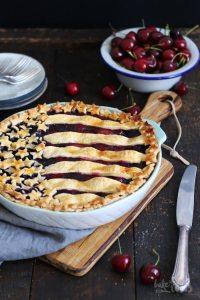 American Sour Cherry Blueberry Pie | Bake to the roots