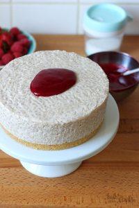 Chai Milchreistorte mit Himbeeren | Bake to the roots