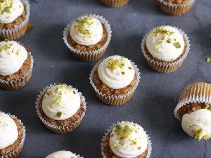 Cupcakes Galore! - cover
