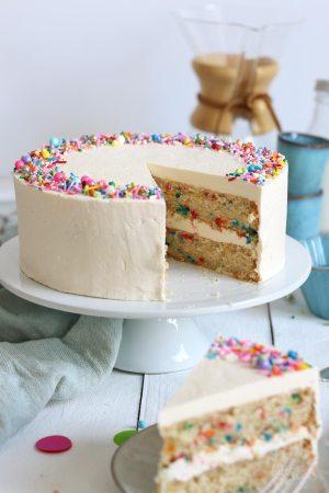 "Easy Vegan Funfetti Cake with Vegan German ""Buttercream"""