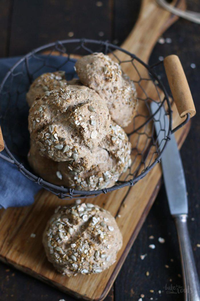 Einfache Vollkorn Joghurt Brötchen | Bake to the roots