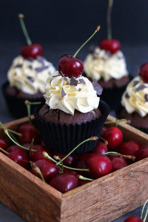 Black Forest (Gâteau) Cupcakes