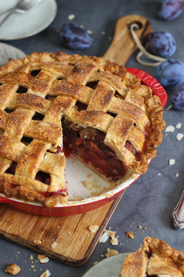 Damson Plum Pie | Bake to the roots