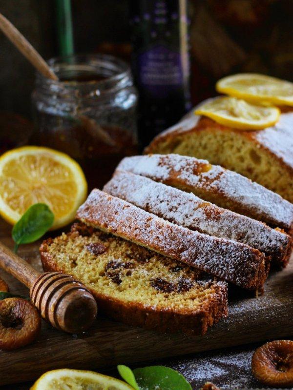 Lemon and Lavender Loaf Cake