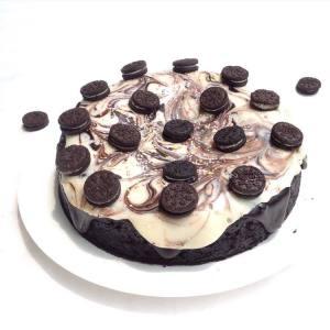 EGGLESS OREO CAKE