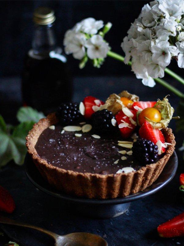 VEGAN GLUTEN FREE CHOCOLATE TART