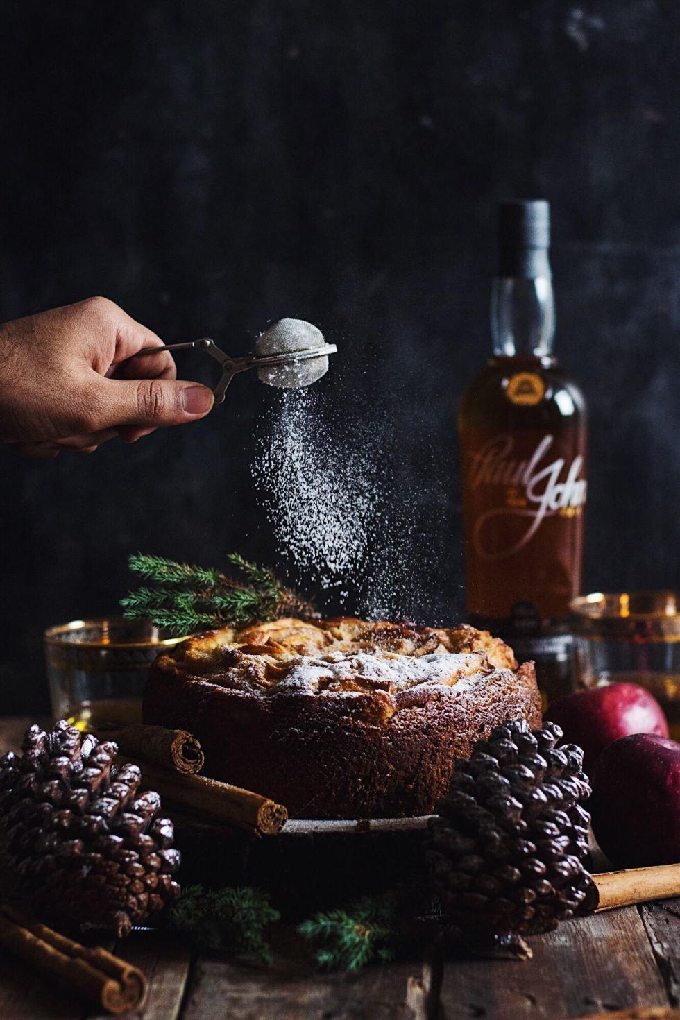 whiskey apple cake