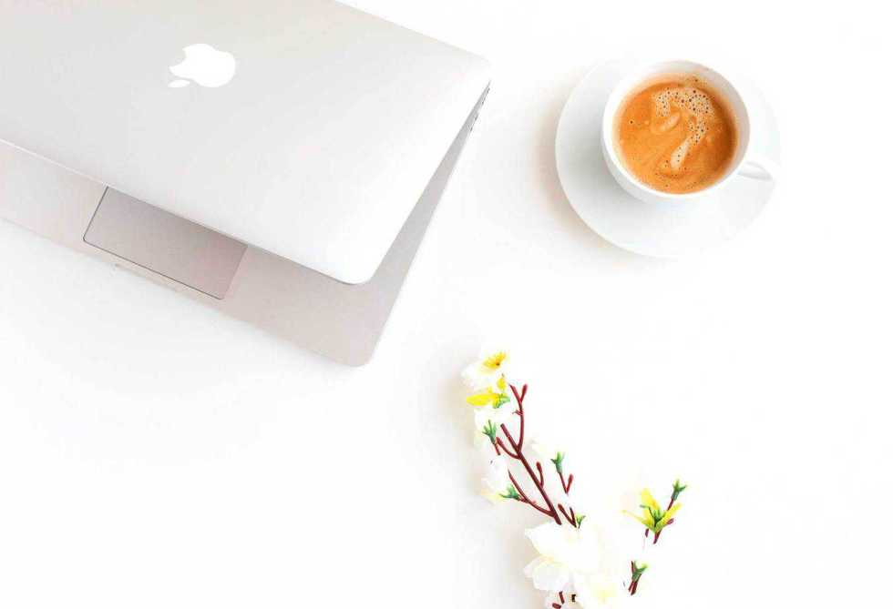 The Ultimate Guide: To Starting A Profitable Blog - Start your own blog by following these 3 easy steps and you could be your very own boss in no time.