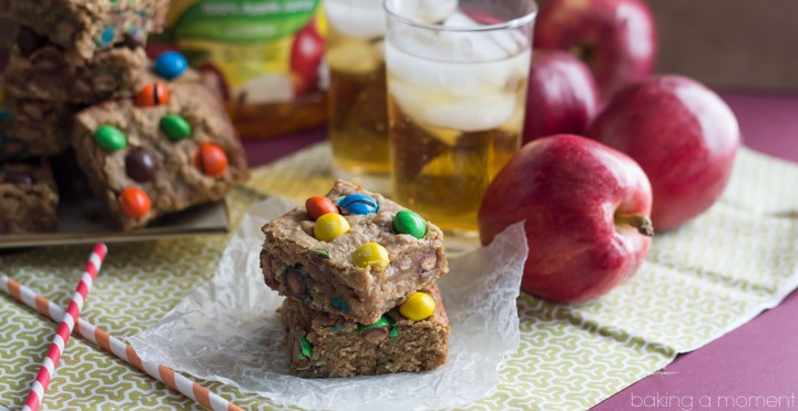 Apple Peanut Butter M&M's Blondie Bars #FlavorofFall