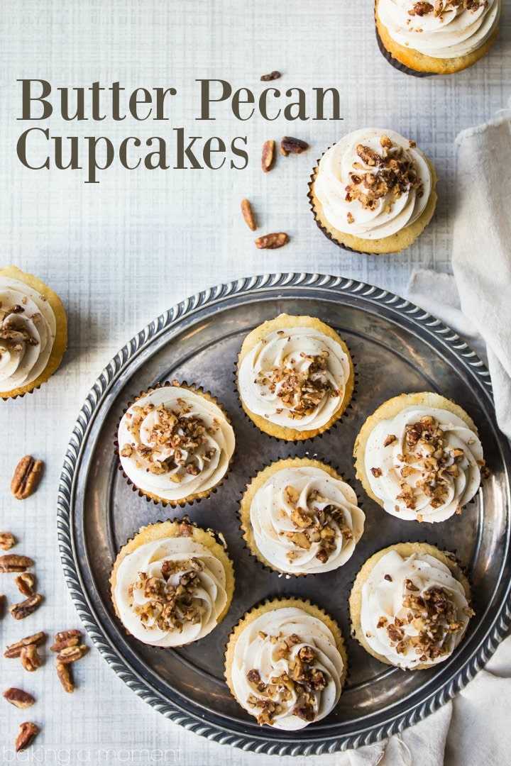 Butter Pecan Cupcakes: all the sweet, buttery taste of that classic ice cream flavor, in a cupcake! Perfect with coffee or a glass of milk. #butter #pecan #cupcake #dessert #food