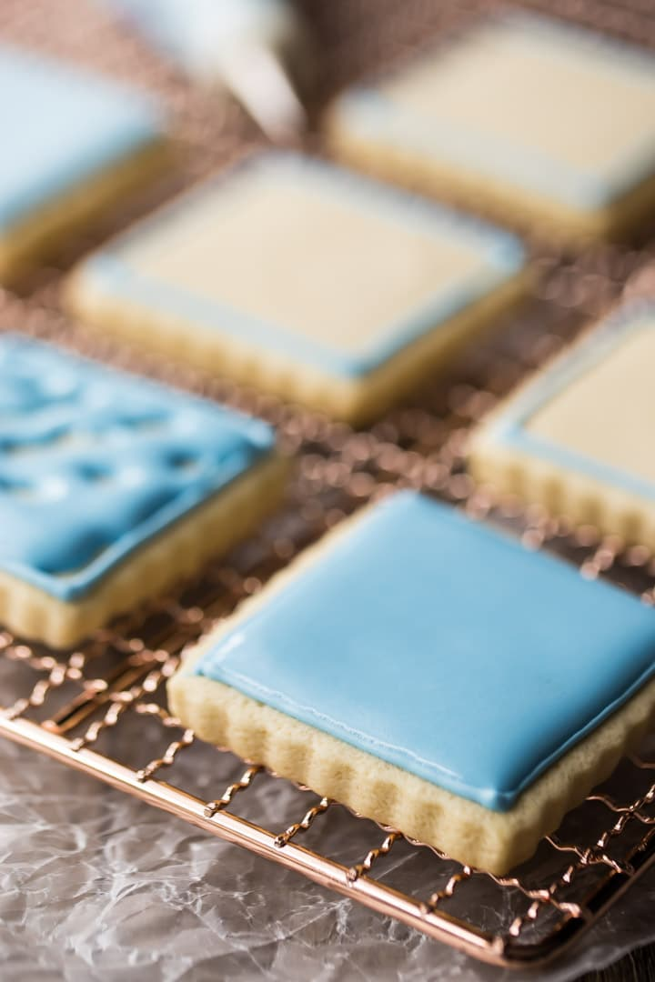 Foolproof Royal Icing Recipe for Decorated Cookies, Cakes, and Gingerbread Houses