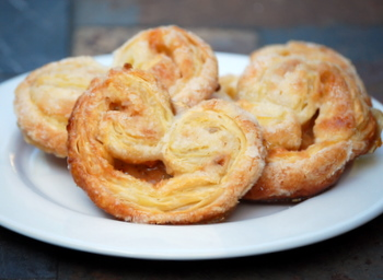 Toffee Palmiers, group shot