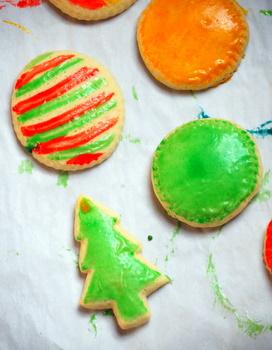 Shiny Ornament Cookies