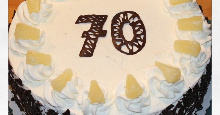 Schokoladen-Ananas-Torte