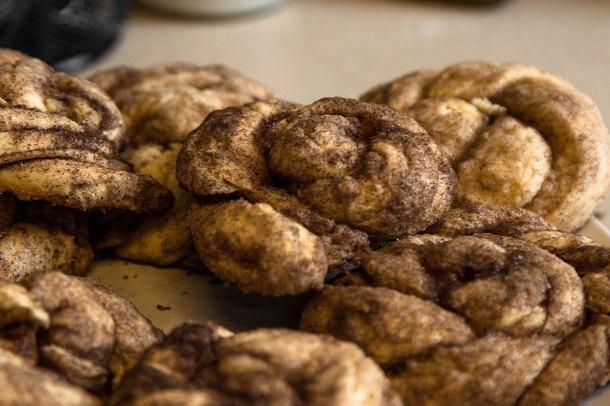 golden rolls cinnamon rolls