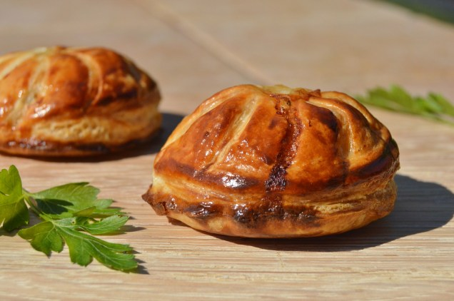 mini chicken & roast onion pithiviers