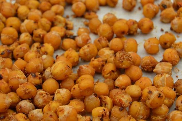 Spiced crunchy chickpeas
