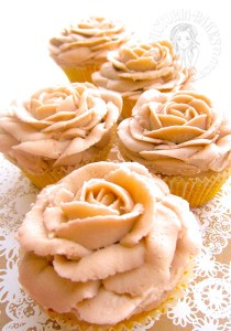 vintage rose lemon cupcakes