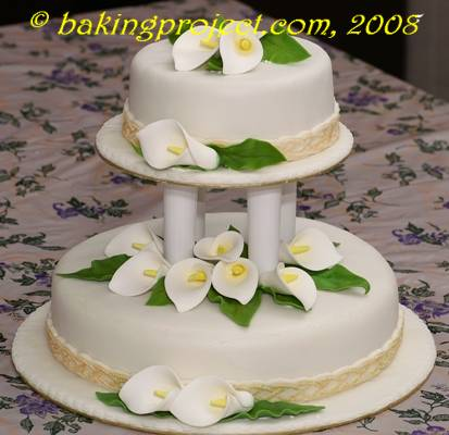 Calla Lily wedding cake      BAKING PROJECT Bottom