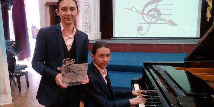 """Bulgaristan'ın """"Genç Yetenekleri"""" yarışmasına ile ilgili görsel sonucu"""
