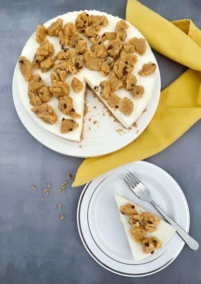 Thumbnail for Cookie Dough Kwarktaart met eetbaar koekjesdeeg