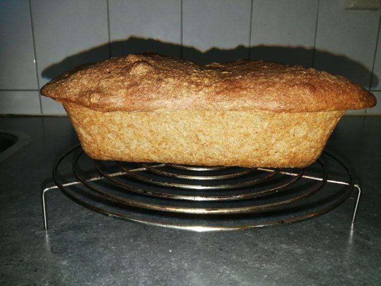Help, mijn brood zakt in, hoe komt dit en hoe kun je het voorkomen?