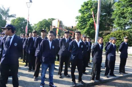 Peserta upacara dari Ormawa