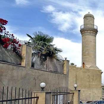 Beyler Mosque Baku, Azerbaijan. Baylar Mosque In Baku