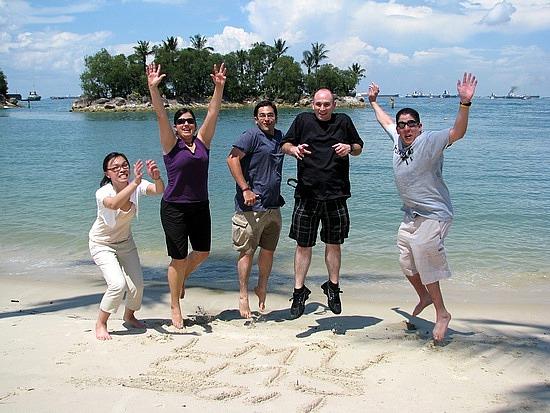 1.1305887601.obligatory-jumping-pic-at-a-sentosa-island-bea