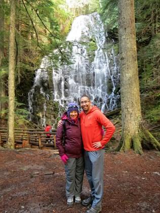 10.1381691509.chris-and-michelin-woman-at-ramona-falls