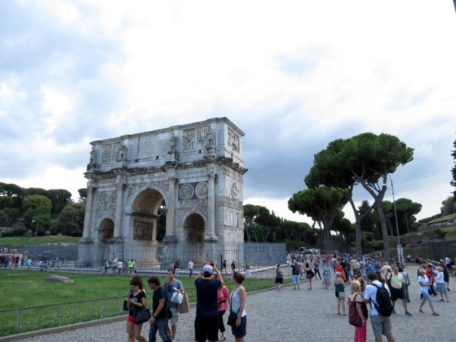 15.1442759593.arch-of-constantine